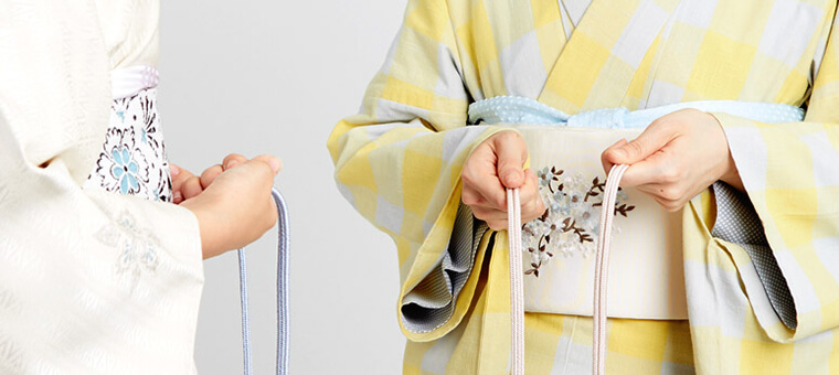 With videos on the basics of wearing kimono